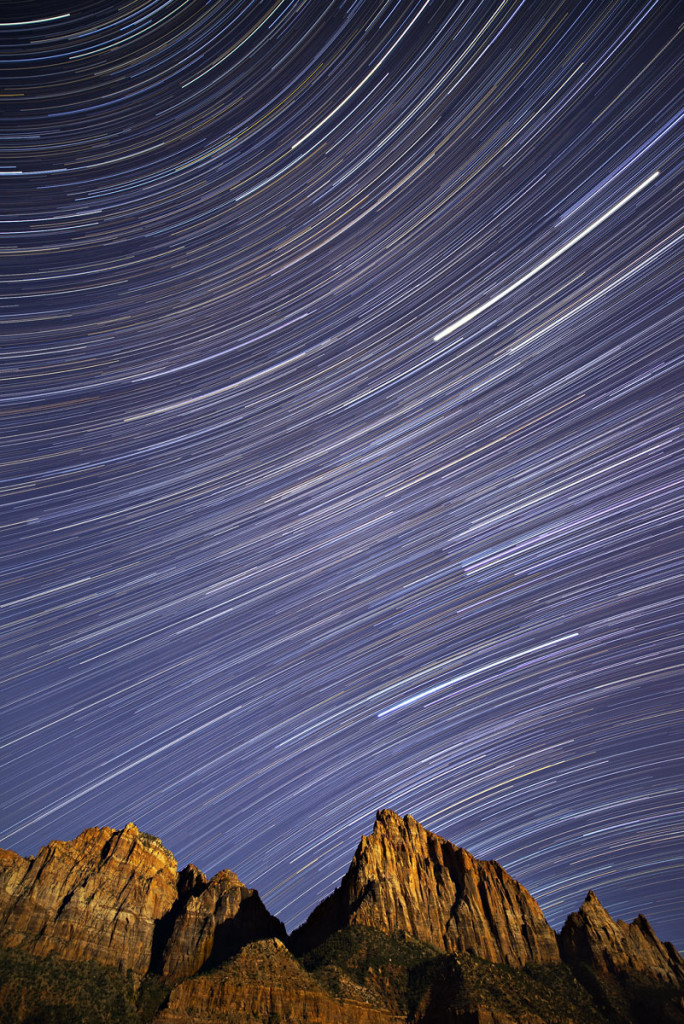 watchman-star-trails-large